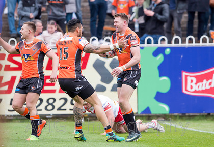 sw04 Castleford-v-St-Helens 