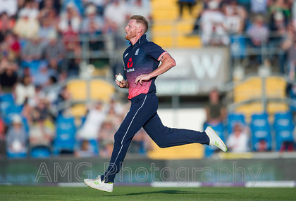 AM18399 